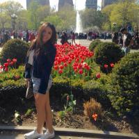 Paola Tello. | Social Profile