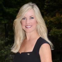 Katie Davidson | Social Profile