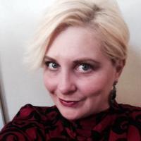 Lady Emilie | Social Profile