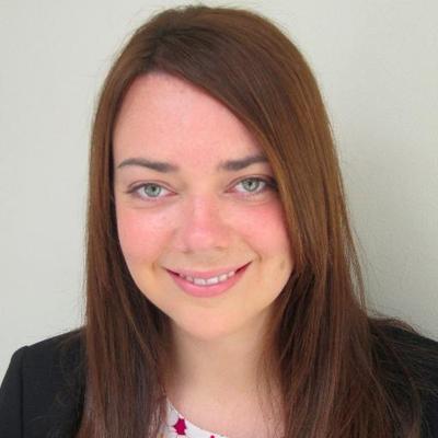 Laura Whitcombe | Social Profile