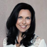 Sarah Martin | Social Profile