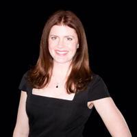 Elizabeth Roy | Social Profile