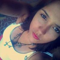 Carol Muniz   Social Profile