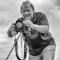 Bob Gardiner   Social Profile