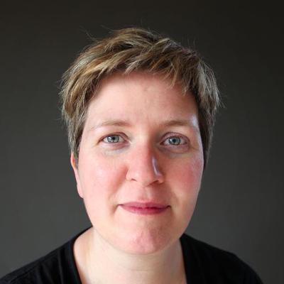 Paula Harte   Social Profile