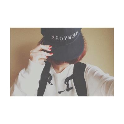 まる | Social Profile