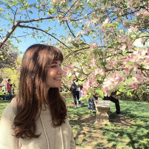 Teressa Iezzi Social Profile