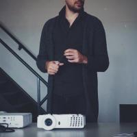 Elliot Woods | Social Profile