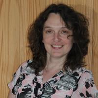 Sara Gates   Social Profile