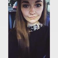 Lisa Knight | Social Profile
