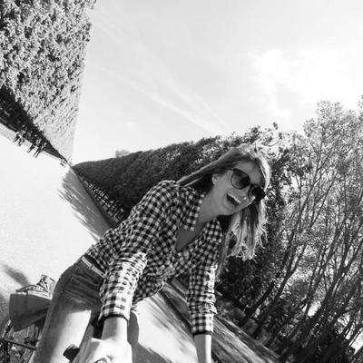 Neris | Social Profile