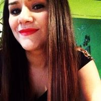 laura cisneros | Social Profile