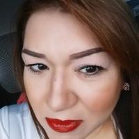 Claudia Gamarra | Social Profile