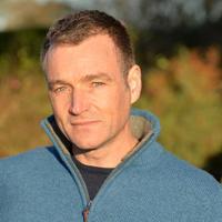 Chris Beardshaw   Social Profile
