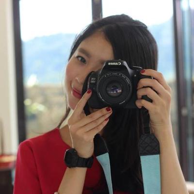 Vivien Sam | Social Profile
