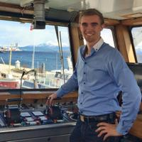 Sindre Holberg   Social Profile