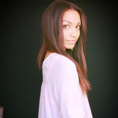 Corinne Foxx | Social Profile