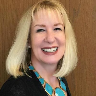 Lisa   Social Profile