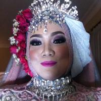 Adelia Dipura | Social Profile