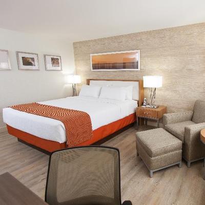 Holiday Inn KW
