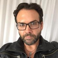 John C Simpson   Social Profile