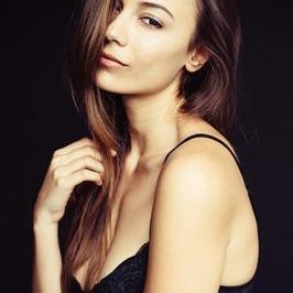 Chiara Moreira | Social Profile