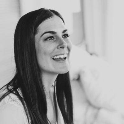 Laura Prangley | Social Profile