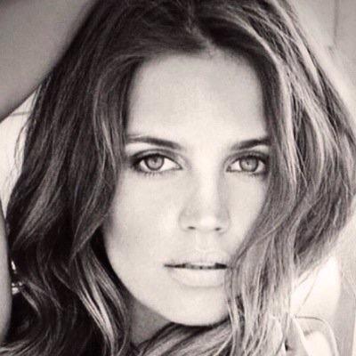 Sabrina Garciarena | Social Profile