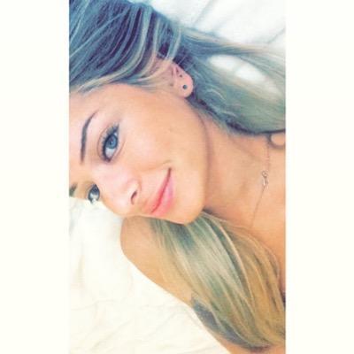 Zeyna | Social Profile
