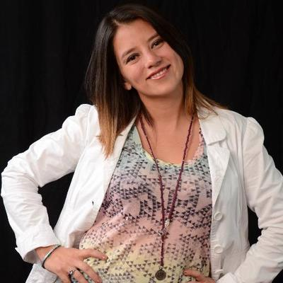 Stephanie Falla | Social Profile