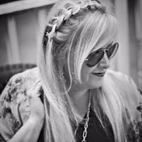 Glam Karen | Social Profile