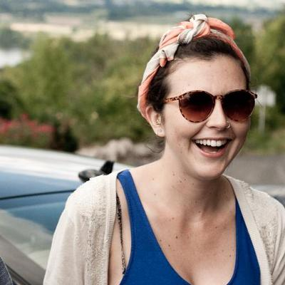 Lauren Burlinson | Social Profile