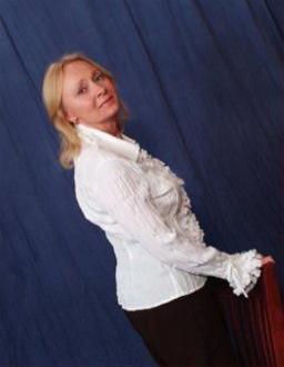 Debbie Harris Social Profile