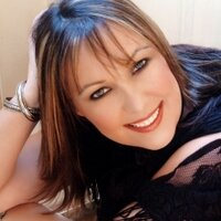 Jen Travelpreneur   Social Profile