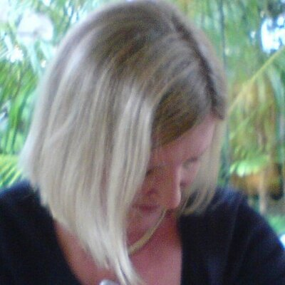 Maggie Biss  | Social Profile