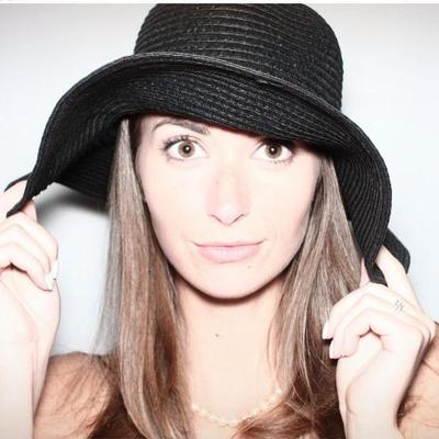 Madeline Beckett | Social Profile