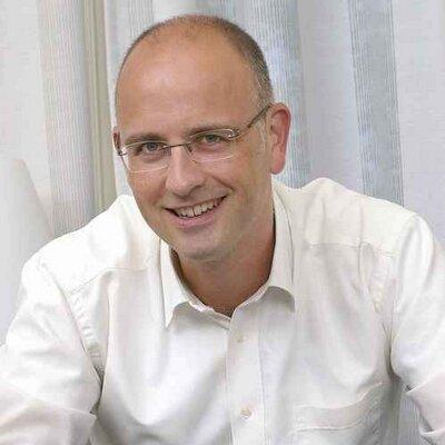 Jeroen van Zelst | Social Profile