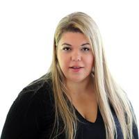 Roxana | Social Profile