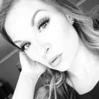 Kristen | Social Profile