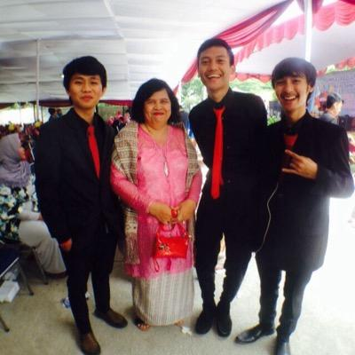 risfi syahputra | Social Profile