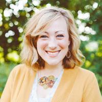 Lauren Thorp | Social Profile