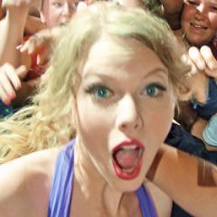HipsterTSwift | Social Profile