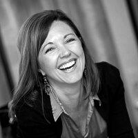 Jennifer Ederer | Social Profile
