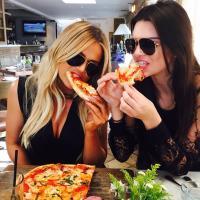 Khloé Kardashian | Social Profile