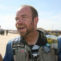 Simon Pavey | Social Profile