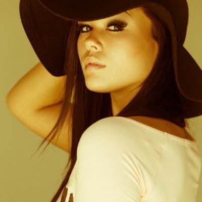 Alayna Miller   Social Profile