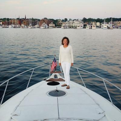 Kristen LaQuatra | Social Profile