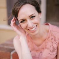 Allie Siarto | Social Profile