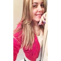 Beatriz | Social Profile