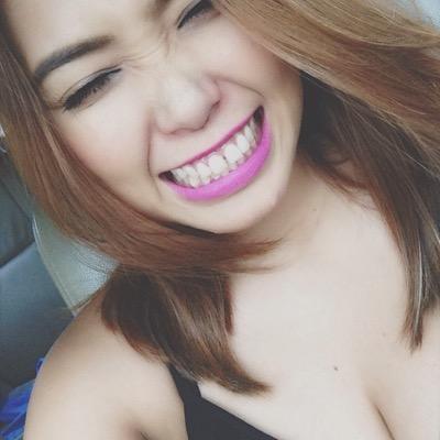 Shari Quimbo | Social Profile